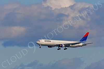 B767 00282 Boeing 767 Delta by Peter J Mancus