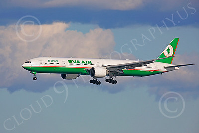 B777 00358 Boeing 777 United N220UA by Peter J Mancus