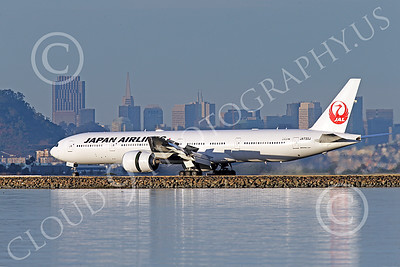 B777P 00525 A Boeing 777 Japan Airline JA733J rolls out after landing at SFO 12-2014 airliner picture by Peter J Mancus