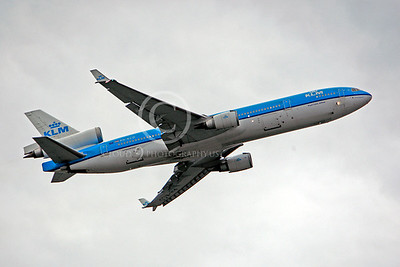 MD-11 00006 McDonnell Douglas MD-11 KLM PH-KCD by Peter J Mancus