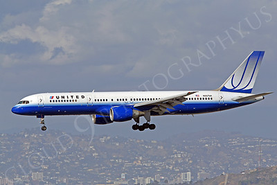 B757 00076 Boeing United Airline N557UA by Peter J Mancus