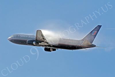 B767 00140 Boeing 767 United by Tim P Wagenknecht