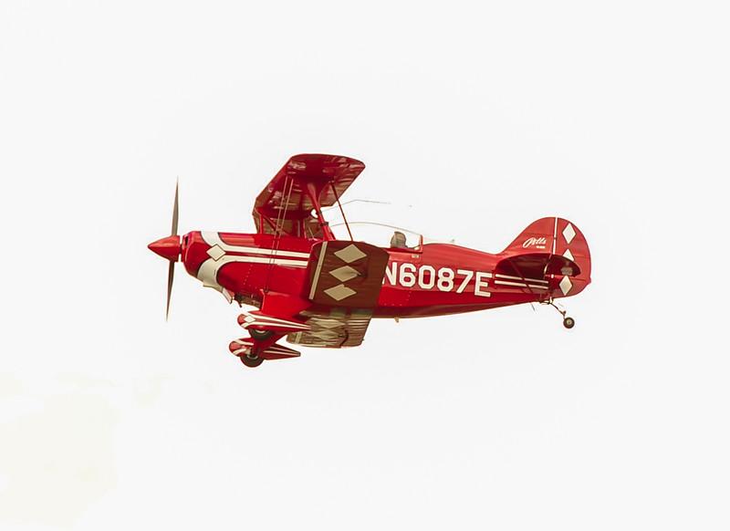 N6087E (Pitts S-2B)