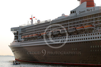 OLS 00034 Ocean liner ship QUEEN MARY 2, Cunard Line, in New York harbor, by John G Lomba