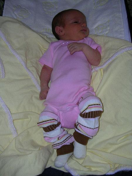 clare baby legs1