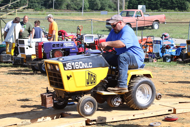 Clarke Fair Lawn Tractor Pulls 2019
