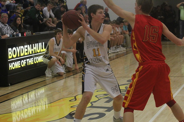 Class 1A District 2 BOYS' BASKETEBALL TOURNAMENTS: BH vs. Clay Central-Everly 2-16-17