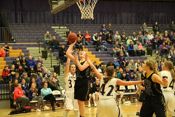 Class 2A Region 1 girls' basketball tournaments: BH at Central Lyon 2-11-17