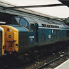 37078 with Thornaby Kingfisher emblem sits in the bay at Reading station on 6th June 1988