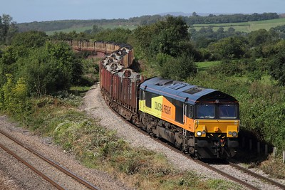 66846 leads the 6Z52 Chirk to Teigngrace empty logs over the Bishton Flyover on the 5th September 2012