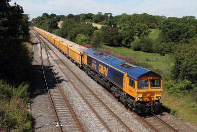 66710 on the 6O96 Mountsorrel to Eastleigh at Hatton on the 25th July 2011