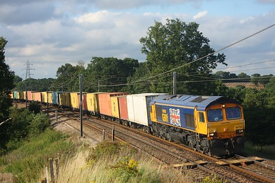 66705 working 4M02 Felixstowe to Hams Hall at Brantham on 17 August 2010  GBRf66, GEML