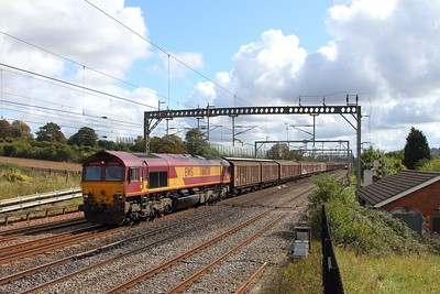 66030 on the 6M45 0830 Dollands Moor to Daventry at Bourne End on the 9th September 2017