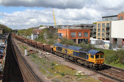 66719 on the 6Y48 Eastleigh yard to Hoo at Twickenham on the 26th April 2016