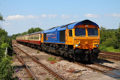 66719 working the 5Z53 Cardiff Pengam Sidings to Eastleigh ECS at Bishton on the 22nd July 2012
