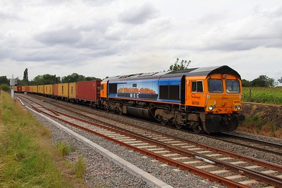 66709 Whitacre Heath on the 4L22 Hams Hall to Felixstowe on the 28th August 2012
