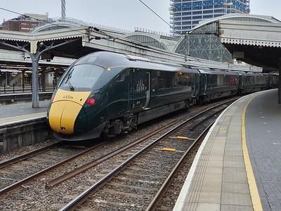 802113 awaiting departure at Paddington   25/06/21