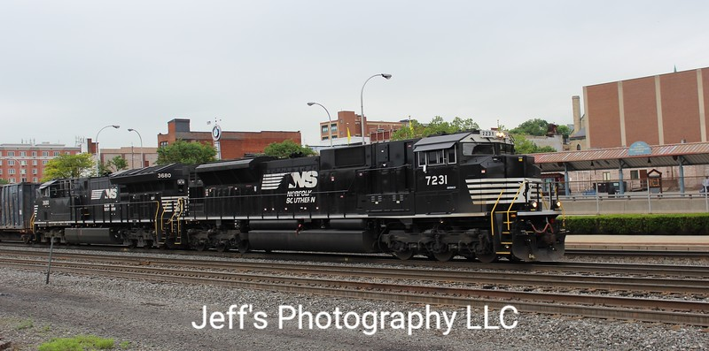 Norfolk Southern SD70ACU No. 7231