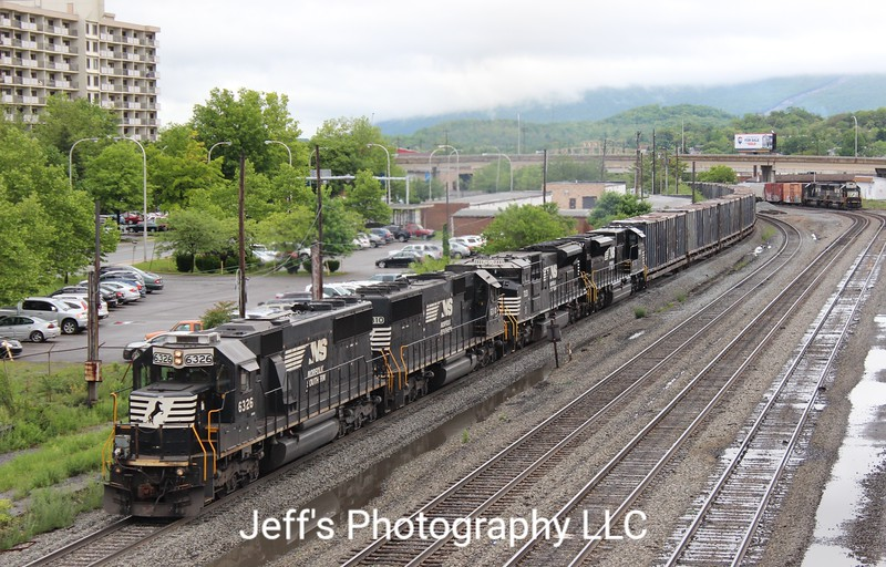 Norfolk Southern Trash Train 63V