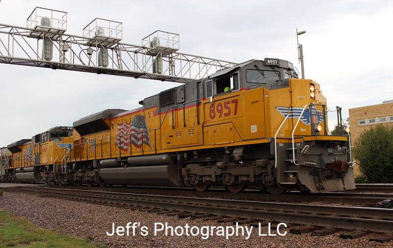 Union Pacific SD70AH No. 8957