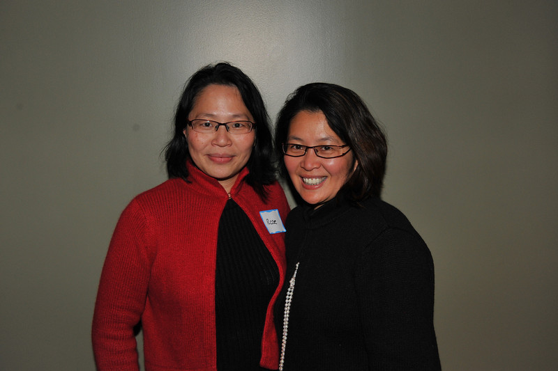 Rose (Tcheng) Yong and Phuong (Tcheng) Chiu