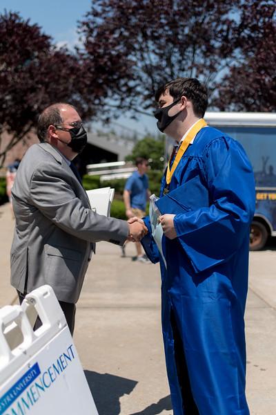 20210606 - Graduation 2021 - 001