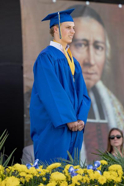 20210606 - Class of 2021 Graduation Portraits - 001