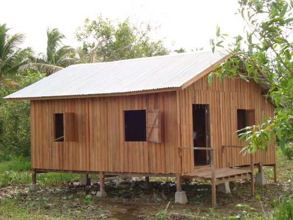 Pale Rural Health Subcenter (outside view)<br /> photo credit: Tin Mg Chit