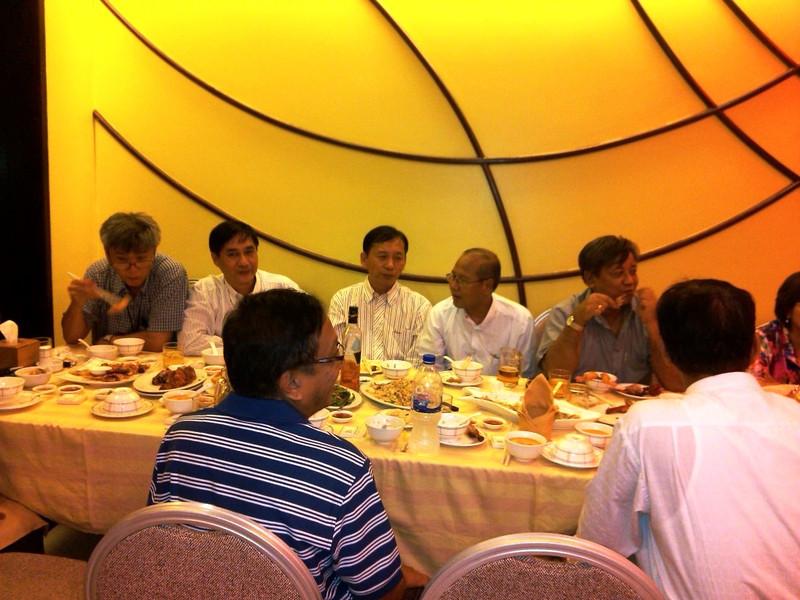 82ers' supreme council dinner, Yangon sept 2013<br /> photo credit: aung htay