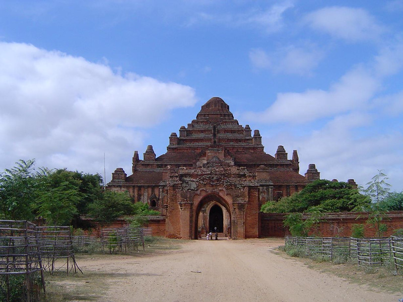 damayan gyi, bagan, myanmar<br /> photo credit: htin lynn
