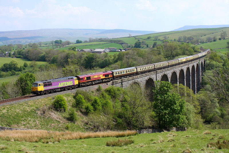 56312 & 66148 at Smardale Viaduct