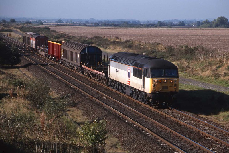 """10 September 1999 :: 56040 """"Oystermouth"""" is heading north with a steel train at Wychnor Junction"""