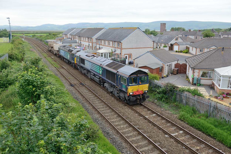 10 July 2015 :: 66424 + 57002 at Millom with flask train 6C53 from Crewe to Sellafield