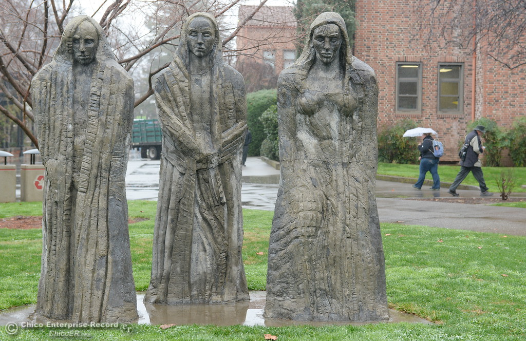 . The Three Sisters watch as another group of students return for the spring semester at CSUC Monday Jan. 22, 2018. (Bill Husa -- Enterprise-Record)