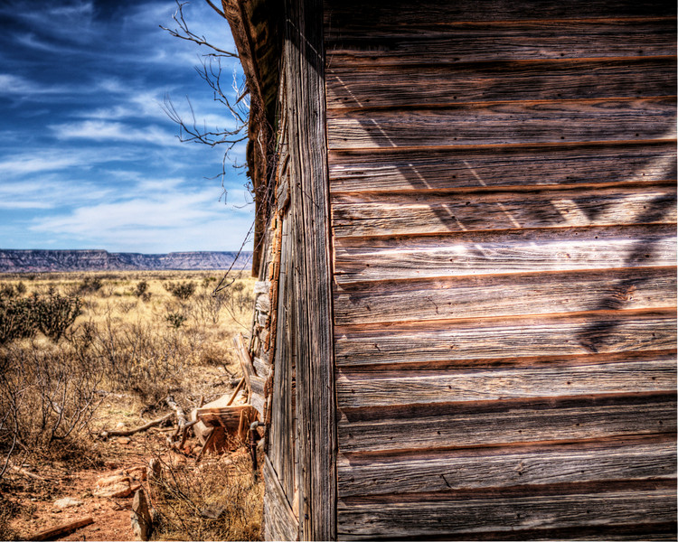 Old house on the prairie. (HDR)