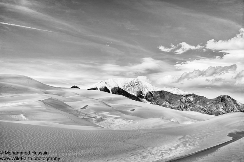 View of the Mount Herard (Elevation 13.353 ft), Sangre de Cristo Range. - Great Sand Dunes National Park, Mosca, CO