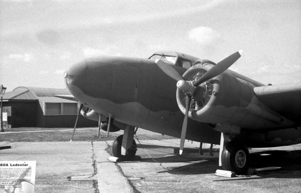 C-60A Lodestar