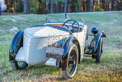 1743.005 1930 MG Back