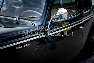 1940 Ford Classic car  side door and mirror Photograph in color 3190.02