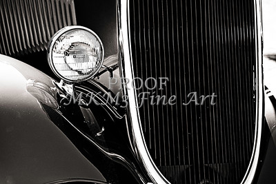 Classic Car Grille Black and White