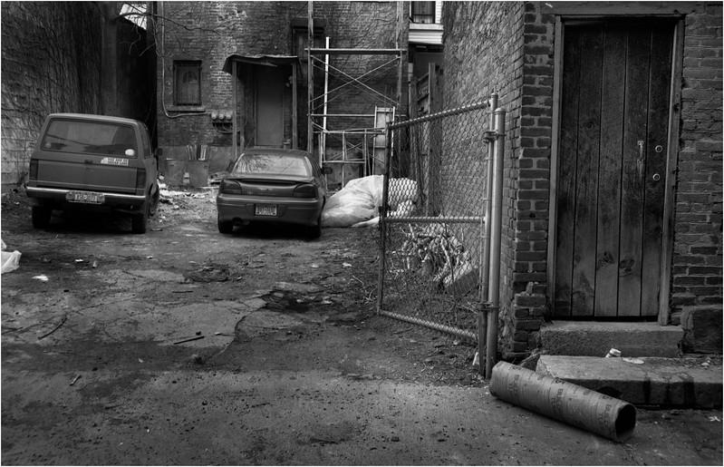67 Troy NY Alleyway 3 May 2006