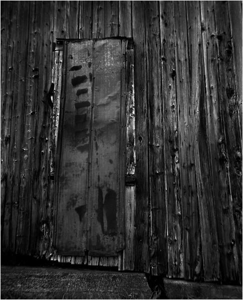 67 Merrill NY Roadside Barn 6  July 2007