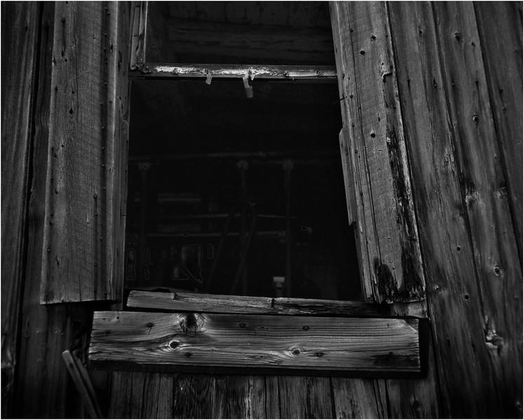 67 Merrill NY Roadside Barn 5  July 2007
