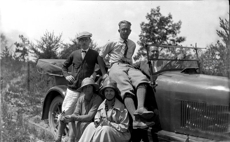 ada Cortland-Marie-Anna B Rowland Stowell Stebbins in and on 1923 car