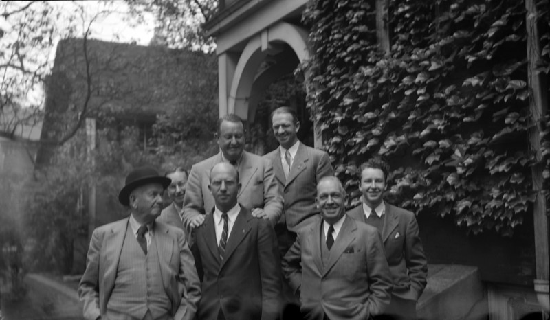 CRS Book #20 #32 Father & his 5 sons (Arthur-Stowell-Cortland-Francis-Rowland-George-Charles) at 109 1 June'45