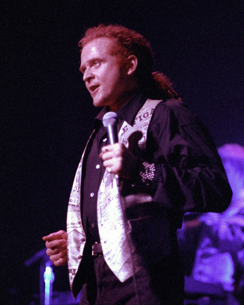 Simply Red performs at the Warfield Theater in San Francisco on May 20, 1992.