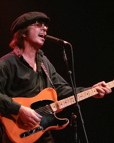 Dion performing live onstage with the Dave Edmunds R&R Revue at the Warfield Theater in San Francisco on May 7, 1990.