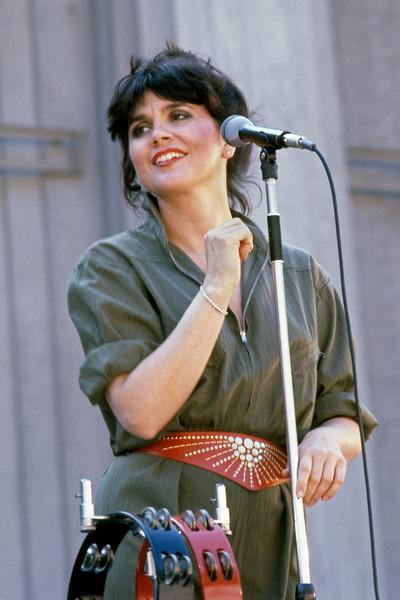 Linda Ronstadt performing at the Greek Theater in Berkeley, CA in 1982.