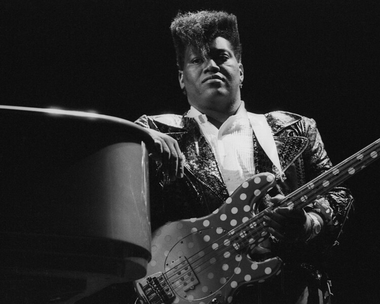 Randy Jackson performing live with members of Journey at the Bay Area Music Awards (BAMMIES) on March 21, 1987.
