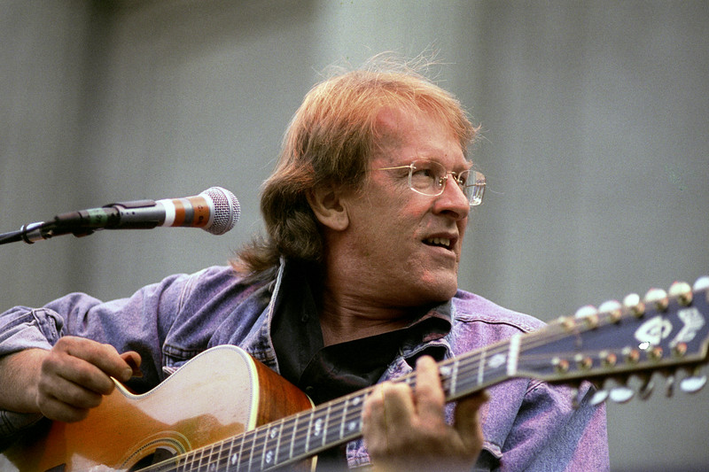 Paul Kanter performs at the Bread & Roses concert at the Greek Theater in Berkeley, CA in September, 1991.